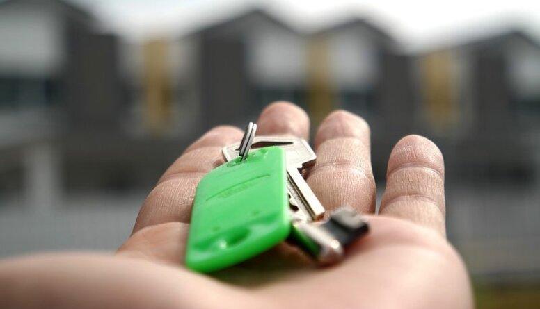 Piedāvā neaplikt ar nodokli vienīgo mājokli ar vērtību līdz 100 000 eiro