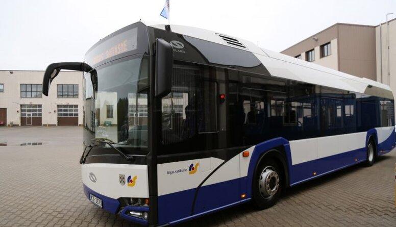 Vai jāslēdz sabiedrisko transportu un jāsamazina braukšanas atlaides?