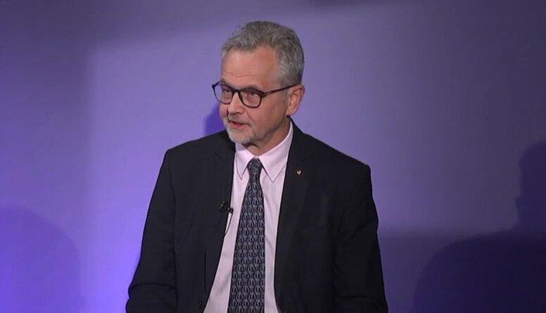 Latkovskis: Partijām nevajadzētu censties būt mūžīgām