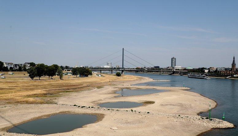 Reinas upē sausuma dēļ var apstāties kuģu satiksme