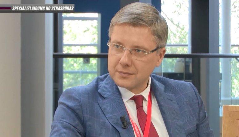 Ušakovs: Nav ne jausmas kā noklausīšanās ierīce nokļuva kabinetā