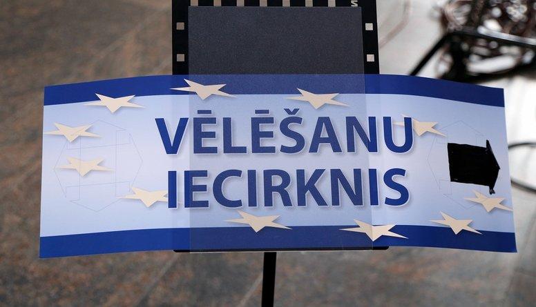 Kādu iemeslu vadīti politologi startē Eiropas Parlamenta vēlēšanās?