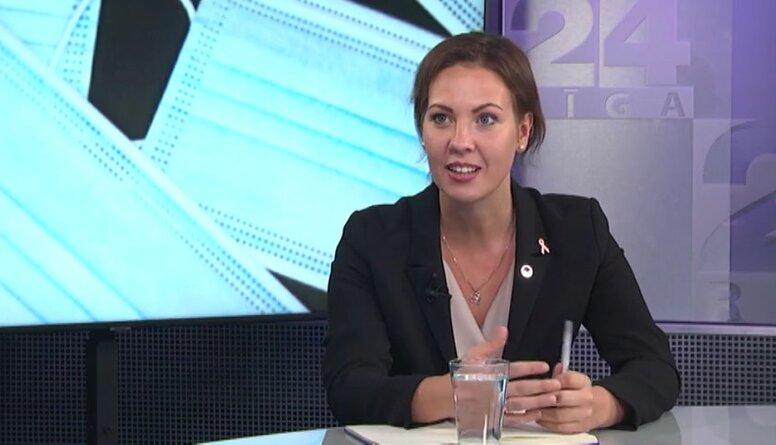Saeimas deputāte Anita Muižniece skarbi izsakās par Alda Gobzema atteikšanos no maskas valkāšanas