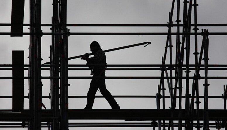 Burovs: Bezdarbnieku būs vēl vairāk - tas ir tikai sākums