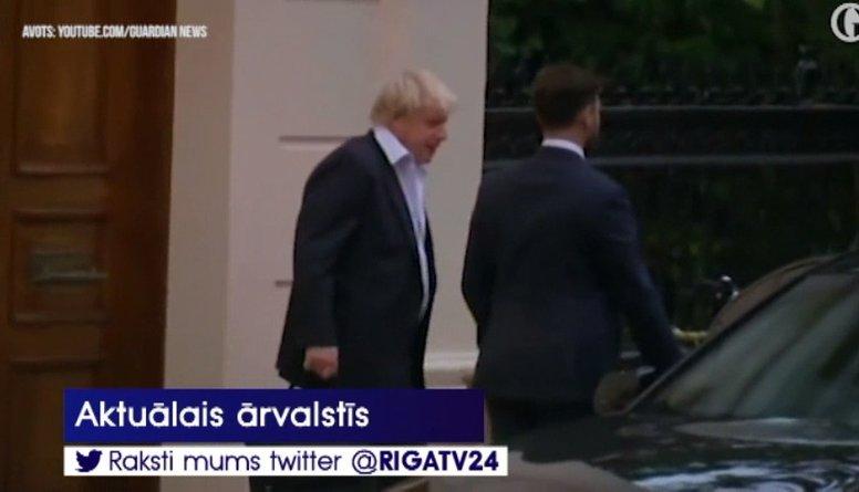 Arī Lielbritānijas ārlietu ministrs Džonsons paziņo par demisiju