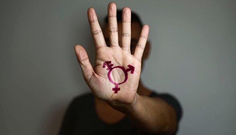 Vācijā tagad iespējams izvēlēties trešo dzimuma identitāti
