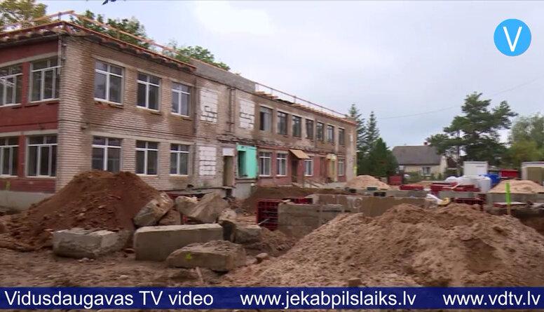 Rekonstruē veco bērnudārzu