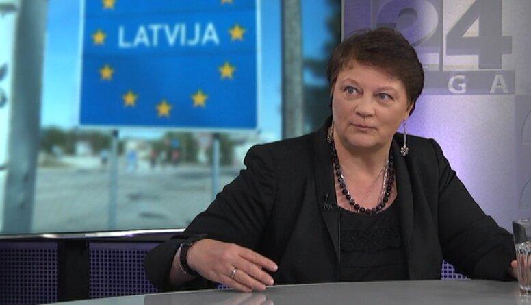Papule: Covid-19 situācija tiek izmantota demokrātijas smacēšanai