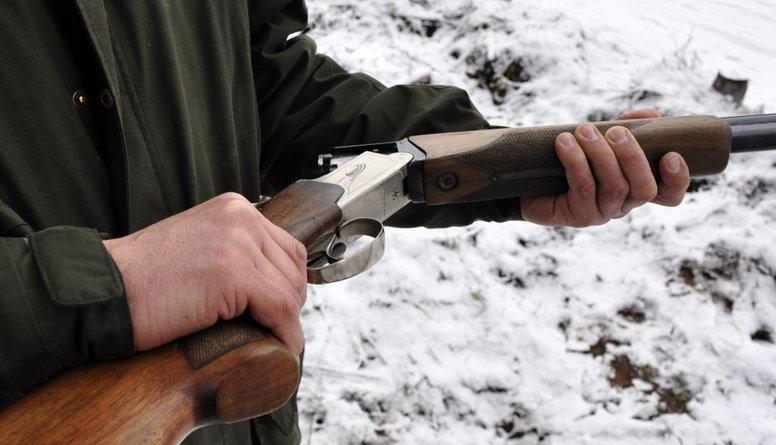 Kādi būtu ieguvumi no ļaušanas pusaudžiem izmantot medību ieročus?