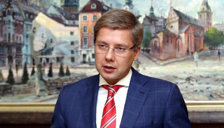 Ušakovam bija 10 gadi laika mainīt situāciju Rīgas domē, norāda Pūce