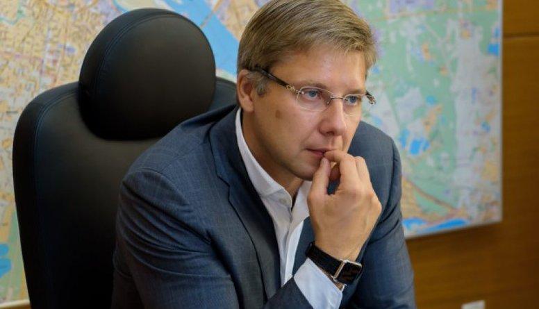 Juridiski nav nekāda pamata Ušakova atlaišanai, uzskata Baraņņiks