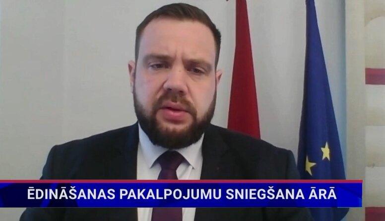 Ekonomikas ministrs: Nākamnedēļ lemsim par atļauju strādāt āra terasēm