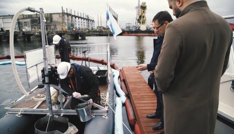 Rīgas ostā testē jaunradītas inovatīvas tehnoloģijas grunts attīrīšanā