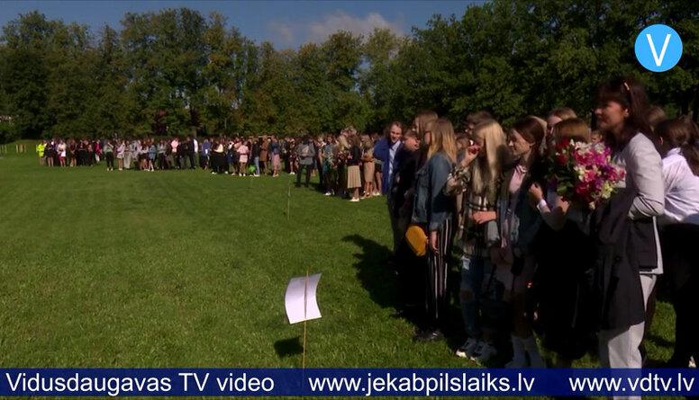Jēkabpils Valsts ģimnāzija mācību gadu uzsāk citās telpās un ar izmaiņām stundu grafikā