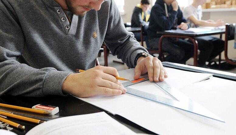 Locis par profesionālo izglītību: Jaunieši ir vairāk jāmotivē, lai saprot, kāpēc viņiem jāmācās