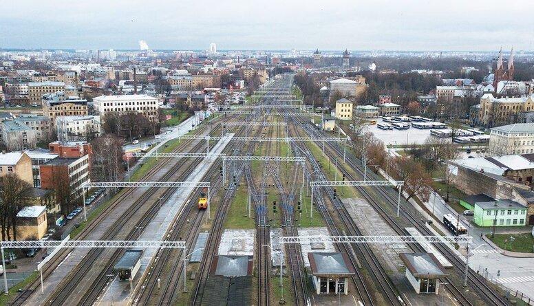 """Lembergs: """"Rail Baltica"""" ir nevajadzīga naudas tērēšana"""