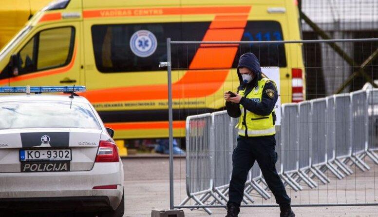 Gorbunova: Mediķi un policisti šobrīd ir svarīgākie cilvēki valstī