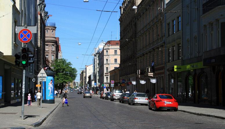 Melderis par dzīvi Rīgā: Man ir viens kritērijs - vai varu izlaist bērnu uz ielas spēlēties