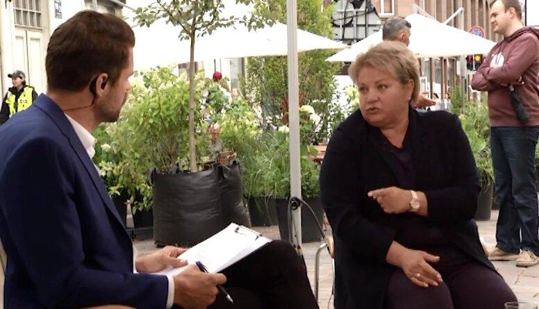 A. Vladova norāda pašvaldībai, ka ir pieejami brīvie finanšu resursi skolotāju algām