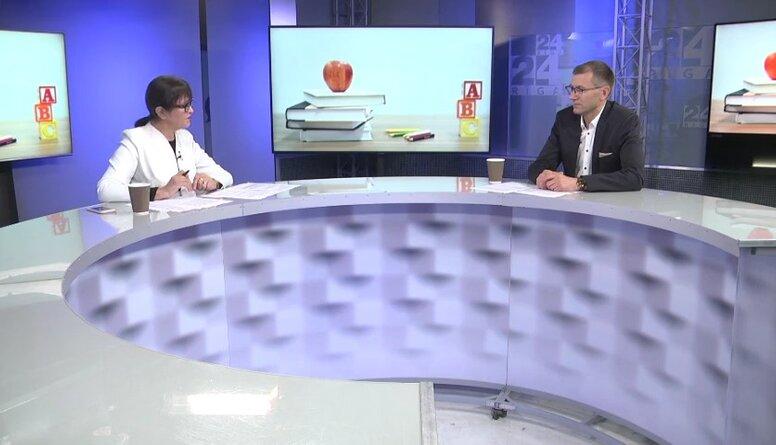 Krastiņš par atbalsta mehānismu Rīgas izglītības iestādēm par augstiem vakcinācijas rādītājiem
