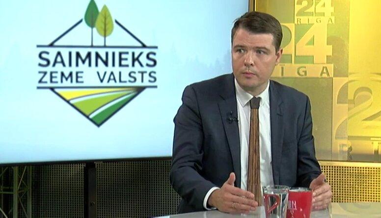 Kas notiek ja Latvijas mežus izpērk Skandināvu pensiju fondi?