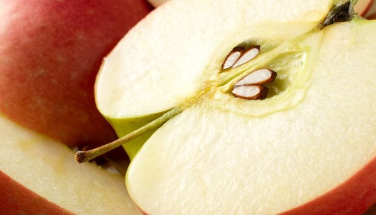 Ābolu sēkliņas: var vai nevar ēst?