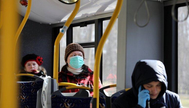 Linkaits: Skatīsim noteikumus, kas ļaus izsēdināt tos pasažierus, kuri nevalkās maskas