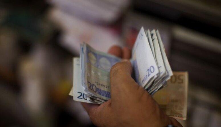 Latvijā cilvēkiem jāmāca finanšu atbildība un pratība, secina Ērglis