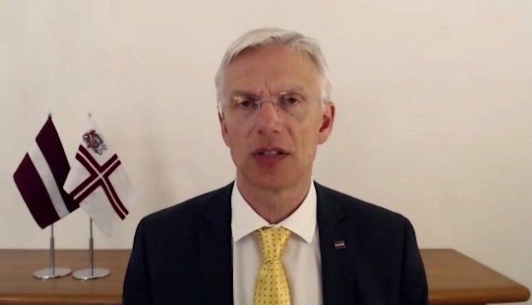 Speciālizlaidums: Kā Latvija spēs iziet no Covid-19 krīzes veselības aprūpē un ekonomikā