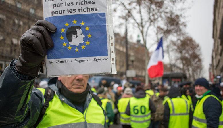 Politologs: Dzeltenās vestes ir neizpildīto solījumu sekas