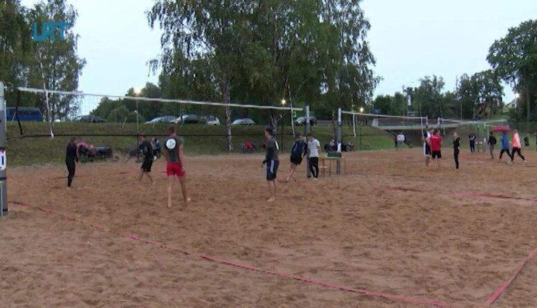 Balvos aizvadīts 2. pludmales volejbola nakts turnīrs