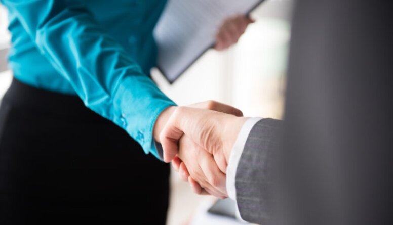 Valsts finanšu institūcija ALTUM un bankas dala risku saistībā ar aizdevumu piešķiršanu uzņēmējiem
