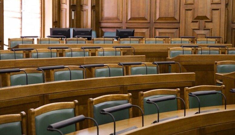 Liepiņa: Parlamenta laiks, iespējams, strauji tuvojas beigām