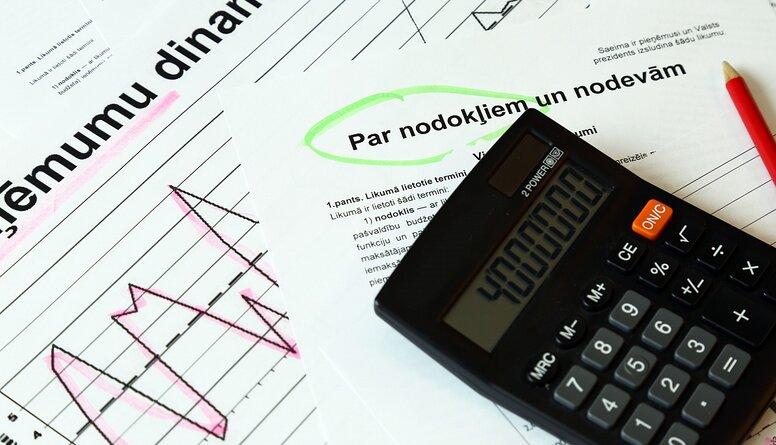 Viedoklis: 18 000 iedzīvotāju nodokļu parāds liecina par problēmām sistēmā