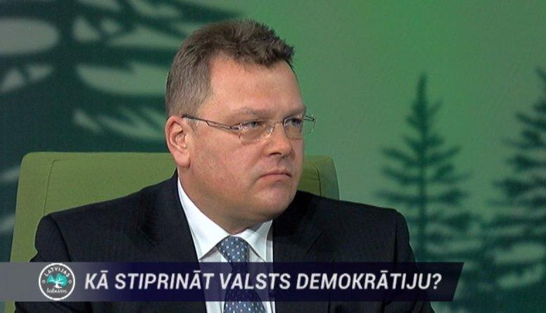 """Rungainis: """"Neatkarīga Latvija var pastāvēt tikai demokrātiskā Eiropas valstu savienībā"""""""