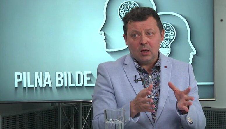 Novodvorskis: Valstij jāmaina kopējā politika, kā atbalstīt medijus