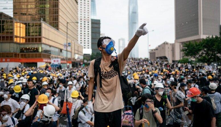 Protesti Honkongā - dubultā standarta pierādījums