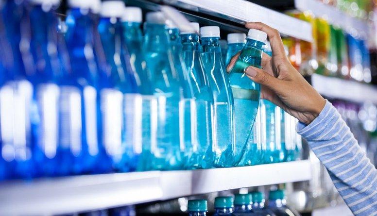 Kas jāzina, veikalā pērkot minerālūdeni?