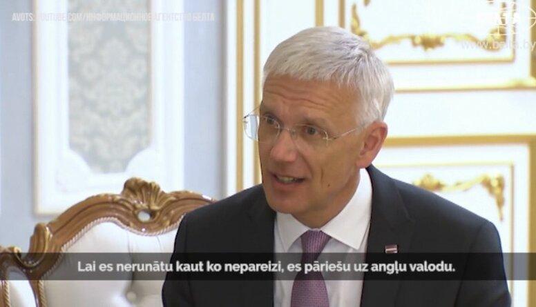 Noskaties! Kariņš cenšas ar Baltkrievijas prezidentu runāt krieviski
