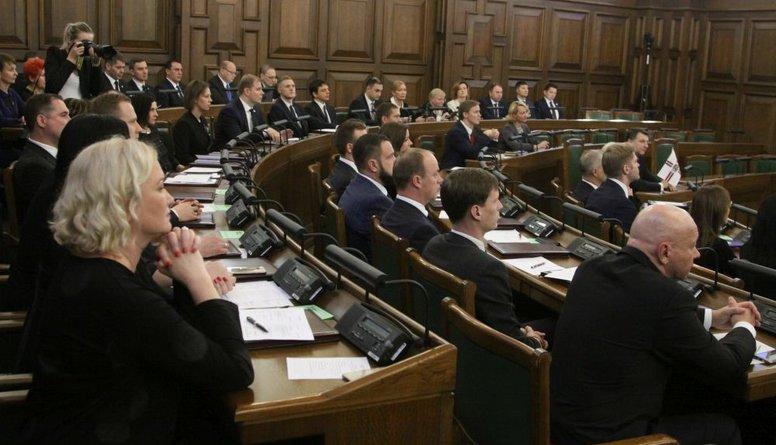 Kā tieslietu ministrs būtu gatavs atcelt deputātu imunitāti, pauž Bordāns