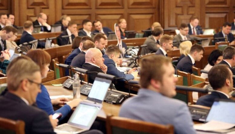 Stepaņenko: Bez opozīcijas Saeima pārvēršas par PSRS kongresu