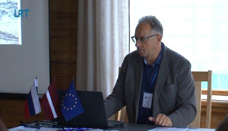 """Aizvadīta pārrobežu projekta """"Zaļie ceļi"""" atklāšanas konference"""