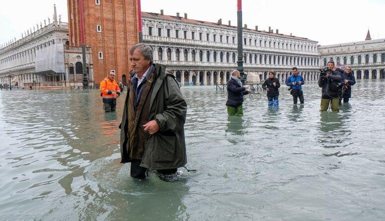 Venēcijā izsludina ārkārtas stāvokli