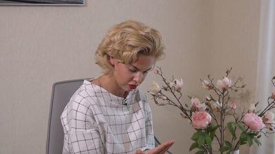 Samanta Tīna par apsēstību ar telefoniem