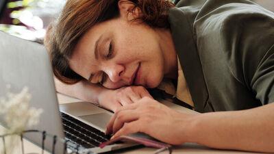 Kas ir narkolepsija? Kā to ārstē?