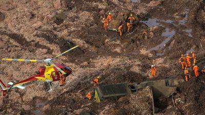 Brazīlijā sagruvis aizsprosts, bojā gājuši vismaz 58 cilvēki