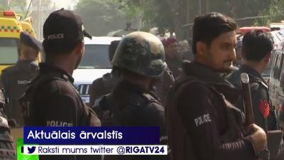 Pakistānā nogalināti 3 cilvēki uzbrukumā Ķīnas konsulātam