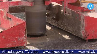 Jēkabpilī veic asfalta paraugu ņemšanu Bebru mikrorajonā