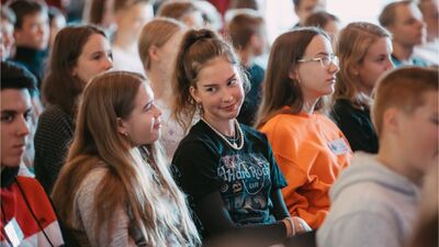 Elbakjans: Šodien jaunieši vecumā no 9 līdz 19 gadiem ir uz pusi mazāk nekā agrāk
