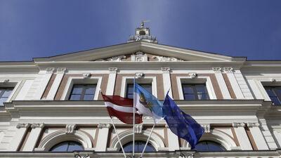 Kam Rīgā nepieciešami 3 vicemēra amati?
